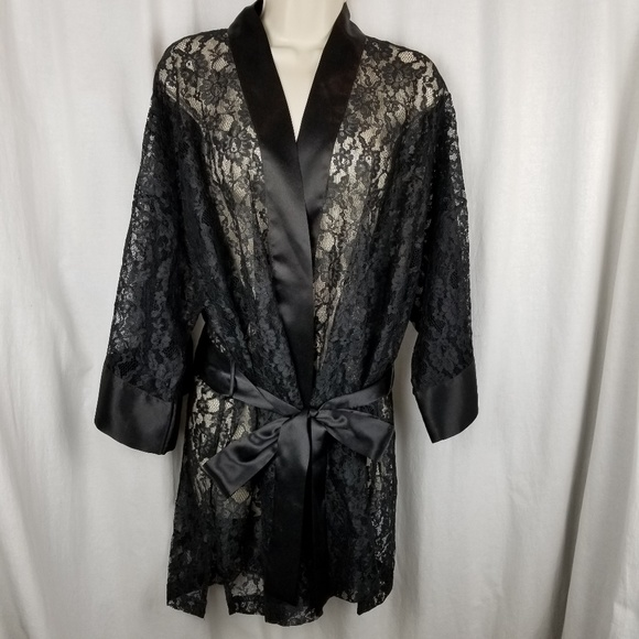 Victoria's Secret Other - Victoria's Secret womens lace robe black one size
